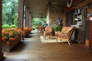 Brentwood Porch